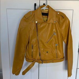Stylish Yellow Pleather Jacket NWOT